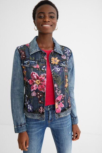 Slim denim jacket flowers