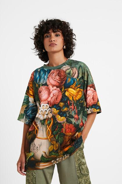 Oversize floral T-shirt