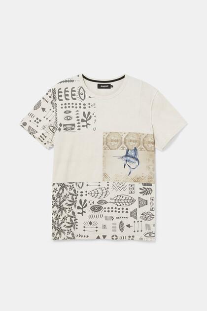 T-shirt met etnische patch