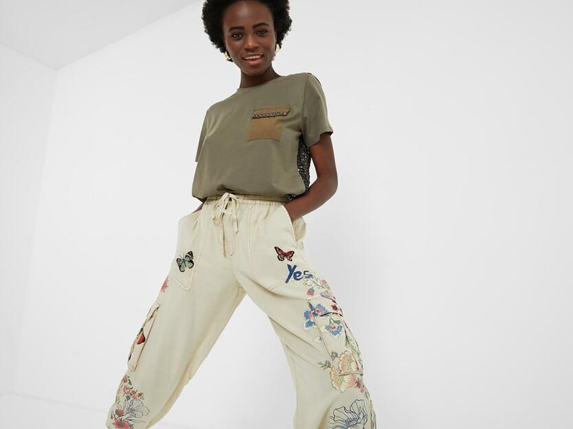Pantalons llargs florals butxaques