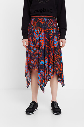 Floral skirt asymmetric hem