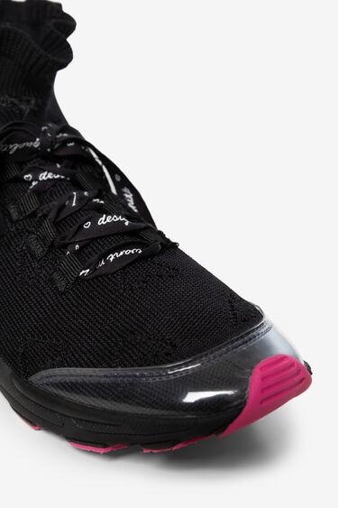 Zapatilla calcetinera trekking | Desigual