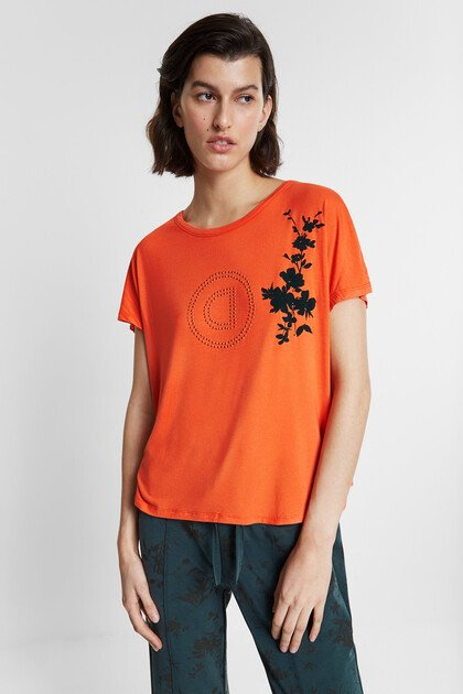 T-shirt with pleated back