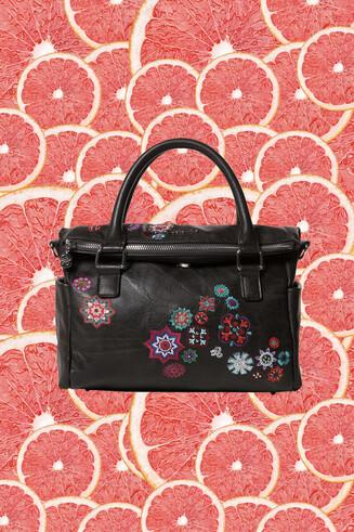 Bolso maletín negro bordado