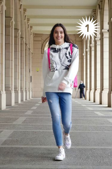 Hooded cotton illustrated sweatshirt | Desigual