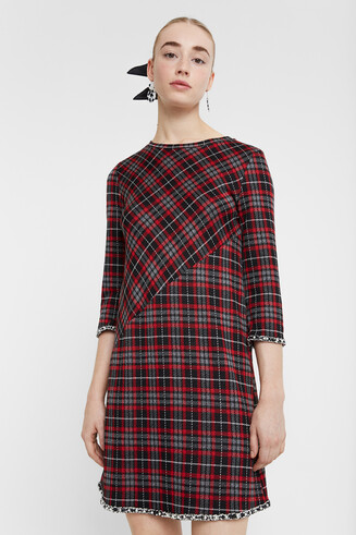 Tartan dress pearls