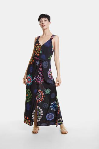 Długa sukienka plażowa z nadrukiem w mandale