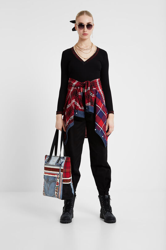 Patches red and denim shopping bag | Desigual