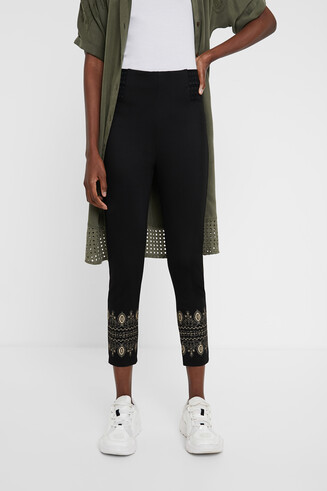 Ethnic cropped leggings