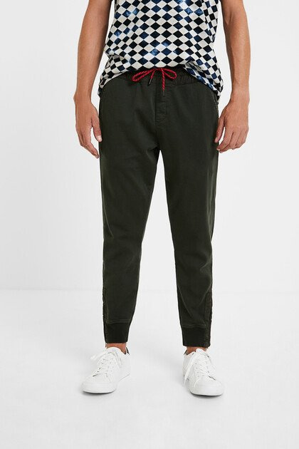 Slim jogger trousers