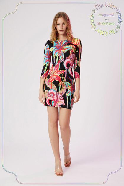 Slim fit jurk met driekwartmouw