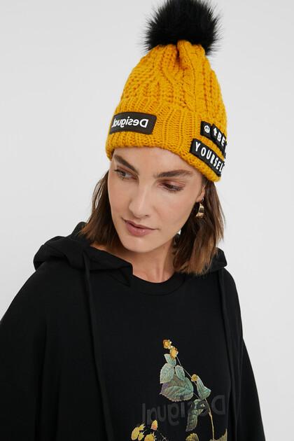 Bonnet tricot lettres détachables