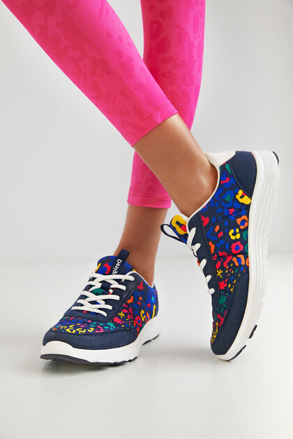 Arty running shoes