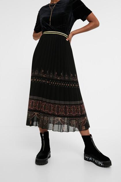 Boho pleated midi-skirt