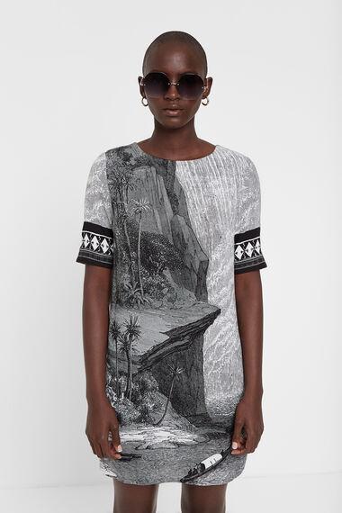 T-shirt dress