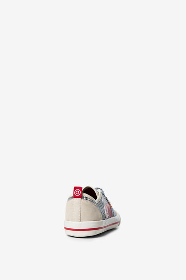 Patch sneakers of fabrics | Desigual