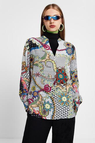 V-neck blouse print