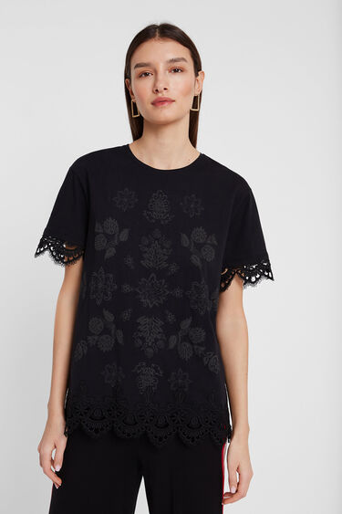 T-shirt with floral and lace design | Desigual