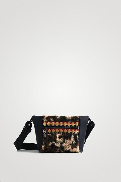 Sling bag wool