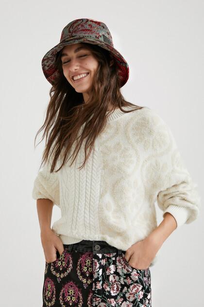 Maglione a maglia trecce
