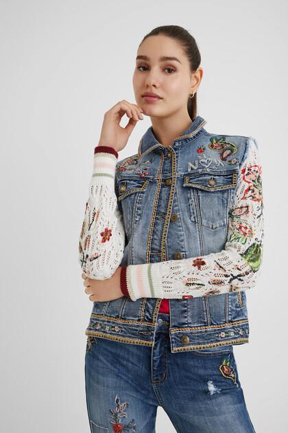 Jeansjacke im Slim Fit mit Strick