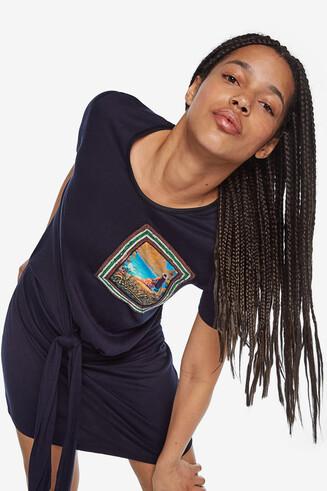 Shirtkleid mit Knoten
