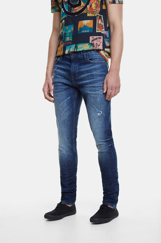 Slim jeans with message