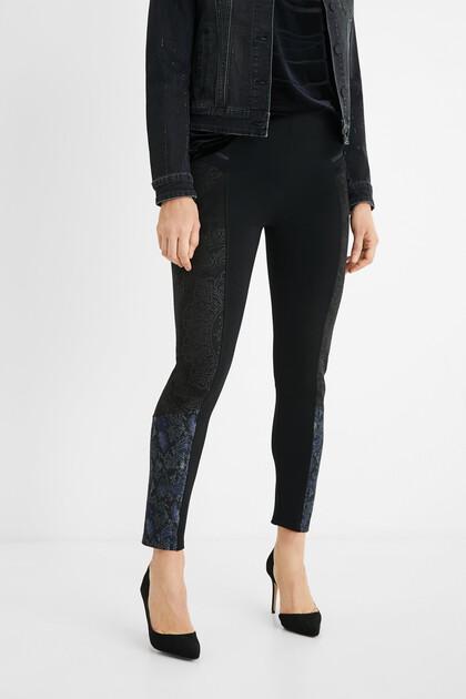 Pantalon slim animal print