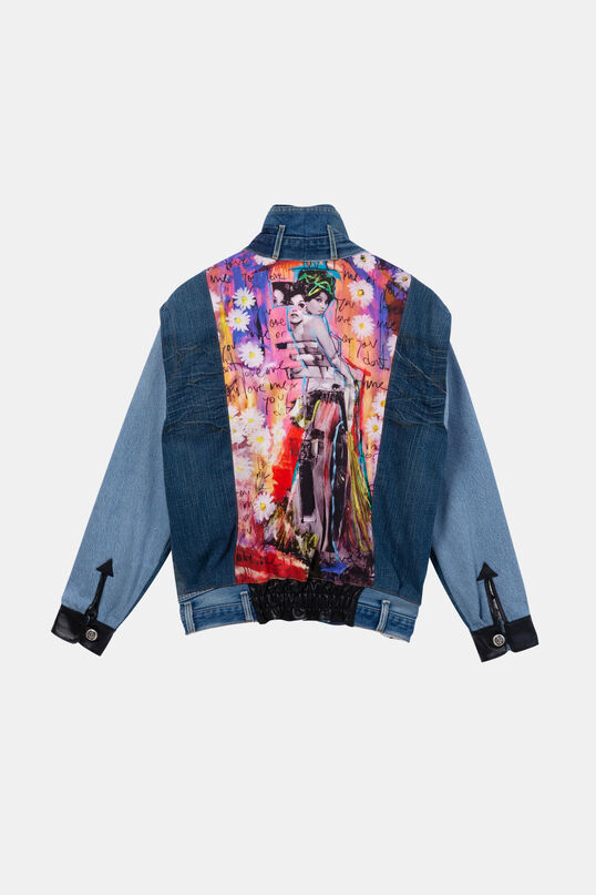 "Iconic jacket: ""You love me, you don't love me"" 