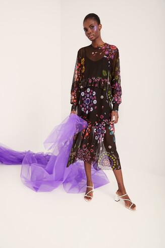 Vestido largo doble capa con tul floral