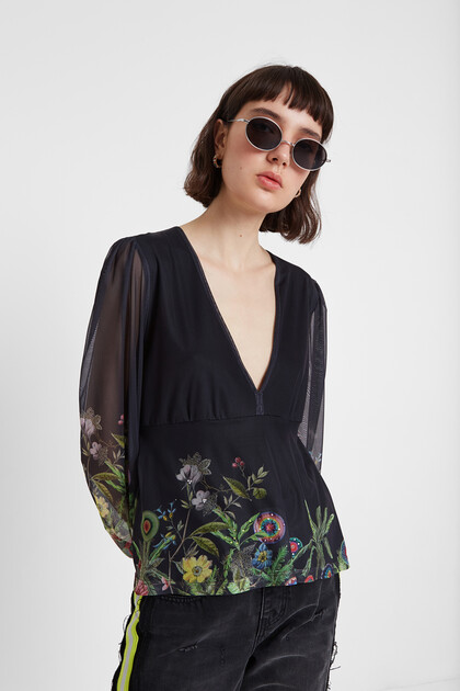 Floral blouse double layer of tulle