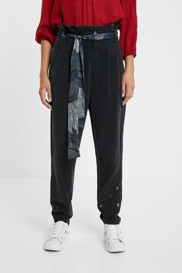Spodnie z zaszewkami i apaszką | Desigual