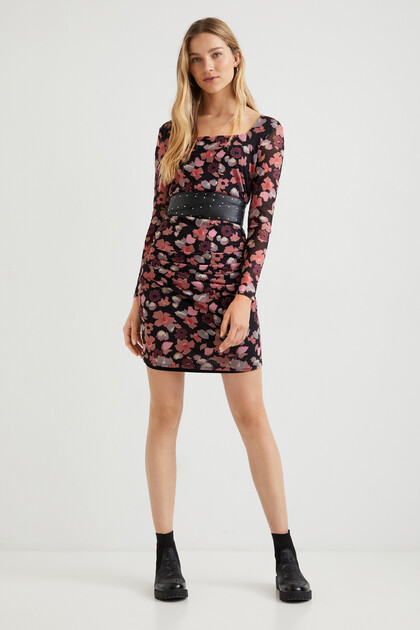Slim short dress flowers