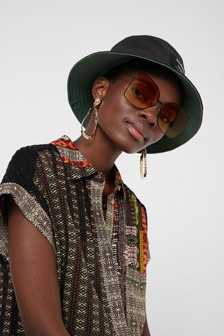 Camisa manga curta faixa africana