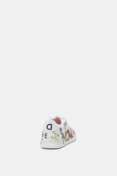 Round toe cap sneakers text | Desigual