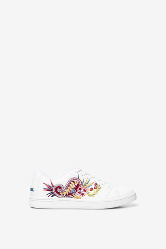 Embroidered tennis sneakers