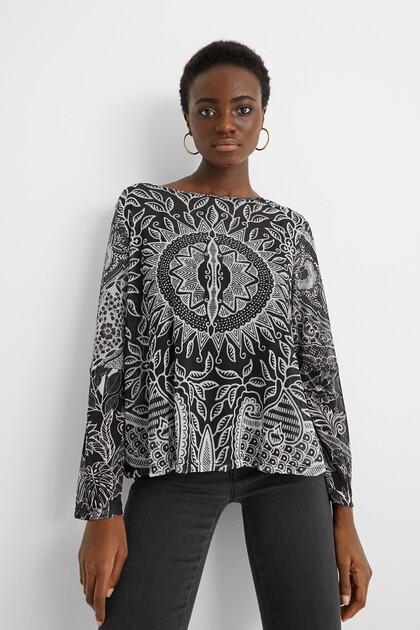 Shirt mit Volants und Mandalas