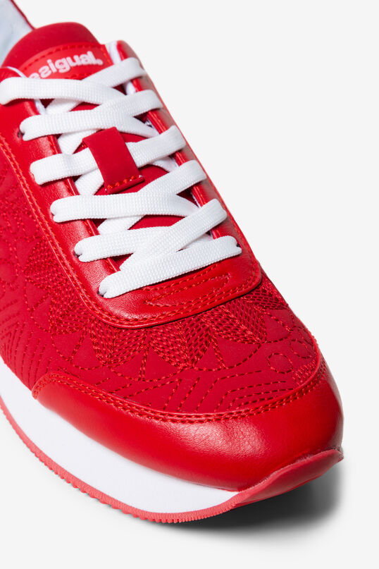 Matching embroidery sneakers | Desigual