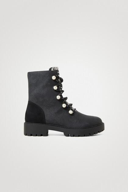 Halbhohe Boots Perlen
