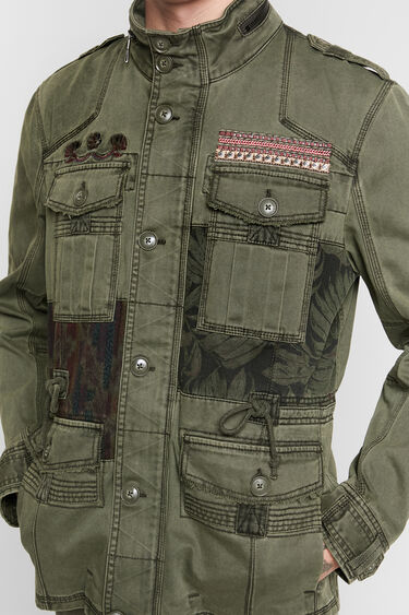 Military jacket patch prints | Desigual