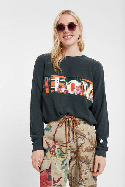 Eco adjustable sweatshirt with LOVE message