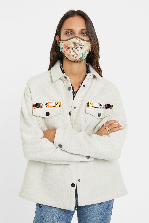 Jacke mit Taschen und Stickereien