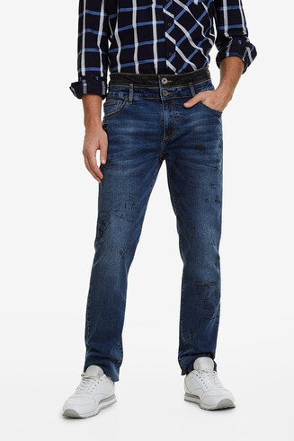 Jeans mit Lettering