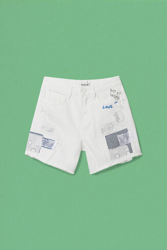 Pantaloni shorts patch