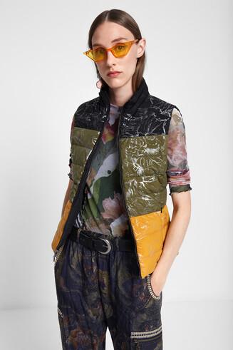 Padded reversible vest