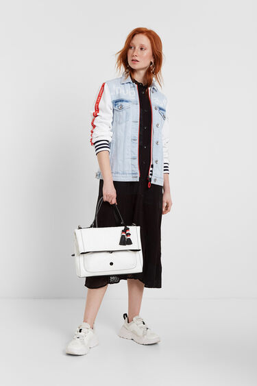 Square and white leather effect bag | Desigual
