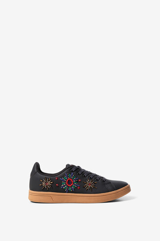 Synthetic leather embroidered sneakers