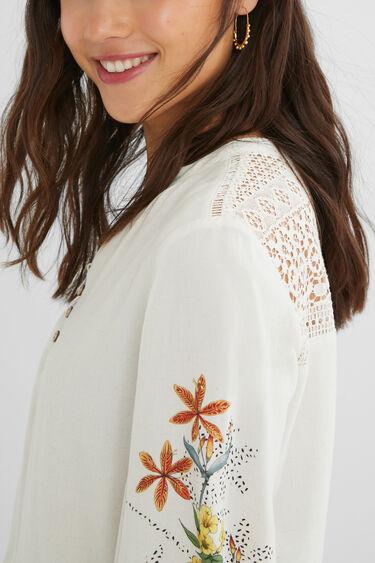 Linen blouse crochet back   Desigual
