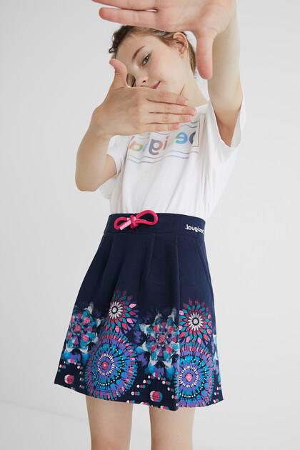 Krótka spódnica z dzianiny dresowej z troczkiem