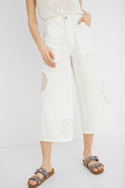 Cropped Culotte-Hose Stickereien